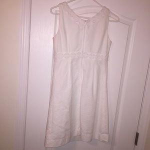 Lilly Pulitzer Dresses - Lilly Pulitzer White Eyelet Shift Dress